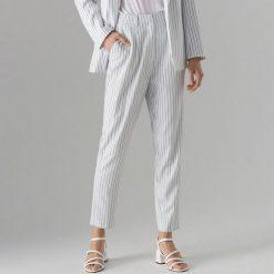 8d2e5da0f9a2 Mohito. Spodnie materiałowe damskie. 139.99 zł. Spodnie cygaretki