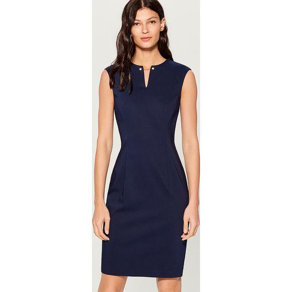 b0129d6c0b Sukienka midi z biżuteryjną ozdobą - Niebieski - Sukienki damskie ...