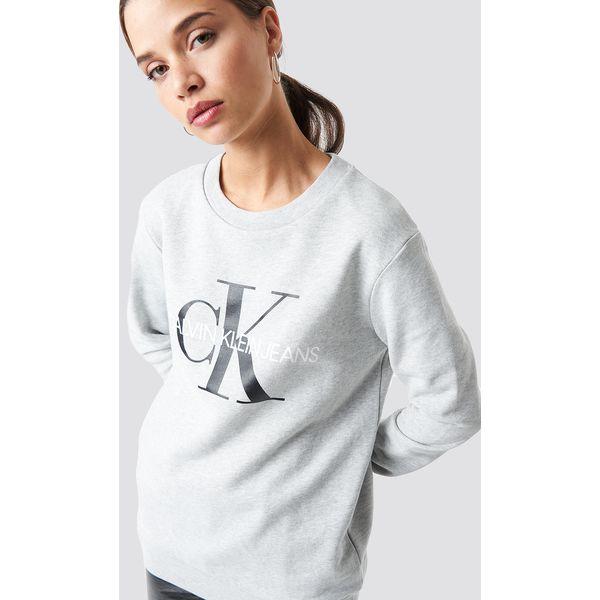 8839f6cf773ed Calvin Klein Bluza Core Monogram Logo - Grey - Bluzy bez kaptura damskie  marki CALVIN KLEIN. Za 404.95 zł. - Bluzy bez kaptura damskie - Bluzy  damskie ...
