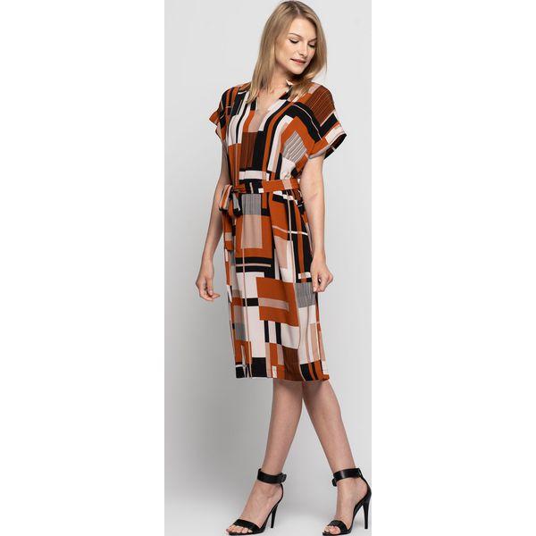 a8f6dd90cf2579 Sukienka z szarfą do wiązania i krótkim rękawem BIALCON - Sukienki ...