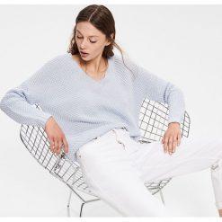 e25fa4cb99 Swetry klasyczne damskie ze sklepu Reserved - Kolekcja wiosna 2019 ...