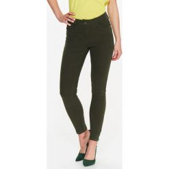 b7abf46a89d9 SPODNIE DŁUGIE DAMSKIE RURKI. Spodnie materiałowe damskie marki TOP SECRET.  W wyprzedaży za 59.99