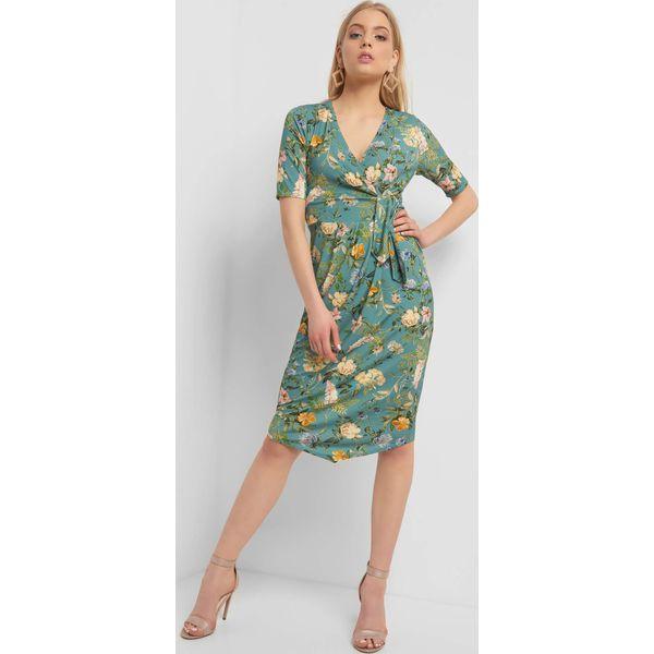 9140a2acf0 Kopertowa sukienka ze wzorem - Sukienki damskie marki ORSAY. Za ...