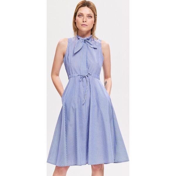 59732e980286f9 Rozkloszowana sukienka - Turkusowy - Sukienki damskie Reserved. Za ...