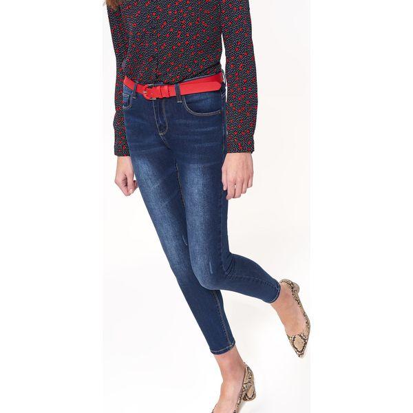 71f688e6e3 SPODNIE JEANSOWE SLIM - Spodnie materiałowe damskie marki TOP SECRET. W  wyprzedaży za 79.99 zł. - Spodnie materiałowe damskie - Spodnie i legginsy  damskie ...