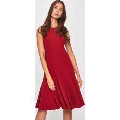 ab294608ee3a4a Czerwone sukienki damskie CALVIN KLEIN, bez kołnierzyka - Kolekcja ...