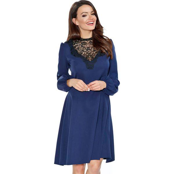 027fbc2a3b Sukienka w kolorze ciemnoniebieskim - Niebieskie sukienki damskie ...