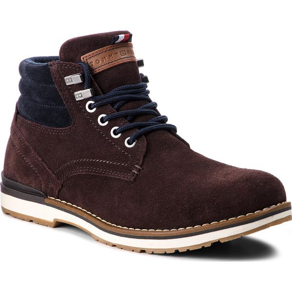 c6114c1c6d2ba Trapery TOMMY HILFIGER - Outdoor Suede Boot FM0FM01748 Coffee Bean ...
