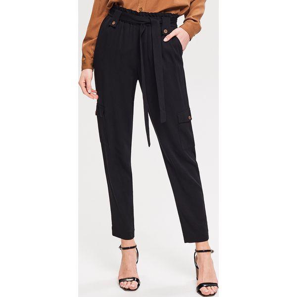 e68a758d23c9 Spodnie typu paperbag - Czarny - Spodnie materiałowe damskie marki ...