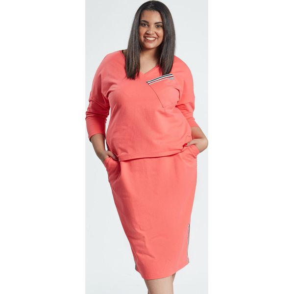 30ee023408 Spódnica z bluzką w koralowym komplecie Blanca OVERSIZE PLUS SIZE ...