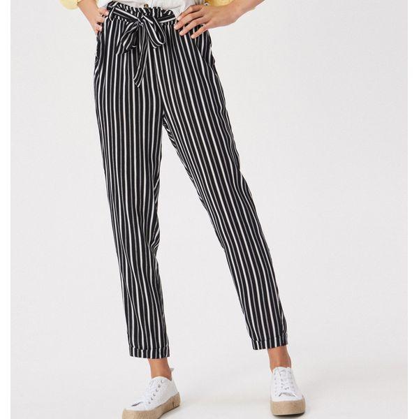 283f78f96cf546 Wzorzyste spodnie z wysokim stanem - Czarny - Spodnie materiałowe ...