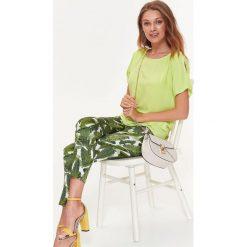 b142e301a1 LUŹNA BLUZKA Z ROZCIĘCIEM NA RĘKAWACH. Zielone bluzki damskie marki TOP  SECRET