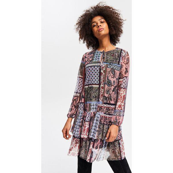 9070e44a19 Wzorzysta sukienka - Różowy - Sukienki damskie marki Reserved. Za ...