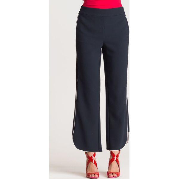 271f326498a02c Szerokie granatowe spodnie tkaninowe - Niebieskie spodnie ...