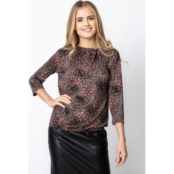 6bd60493792a Beżowa bluzka z nadrukiem QUIOSQUE - Bluzki damskie marki QUIOSQUE ...