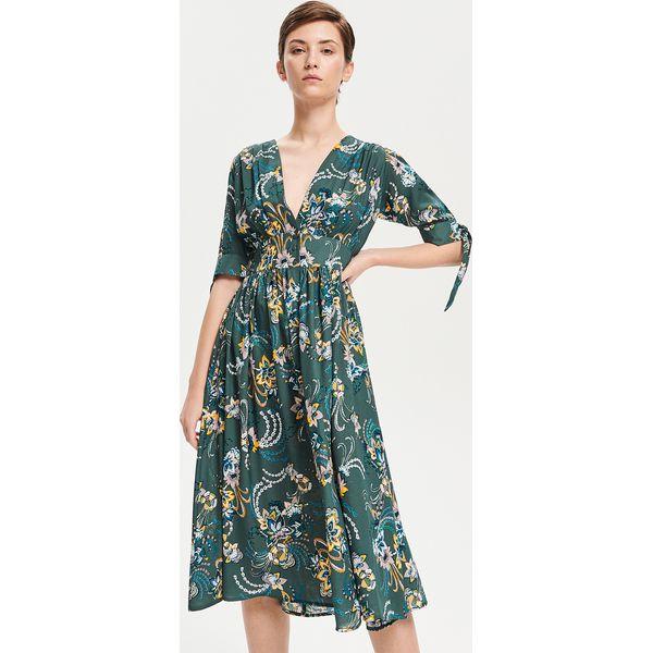 b873c782b5 Sukienka midi w kwiaty - Zielony - Sukienki damskie marki Reserved ...