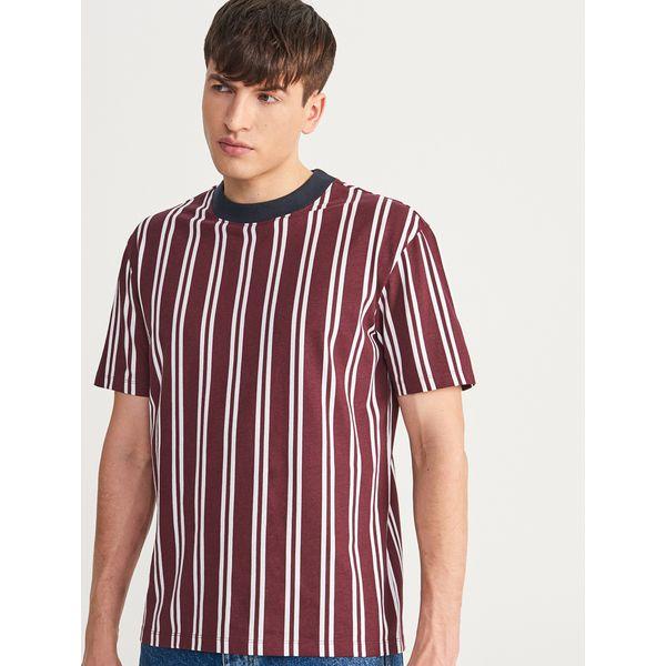 c82268b349b56 T-shirt w paski - Bordowy - T-shirty męskie marki Reserved. W ...