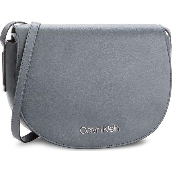 6d5ac926e Torebka CALVIN KLEIN - Frame Med Saddle Bag K60K604451 008 ...