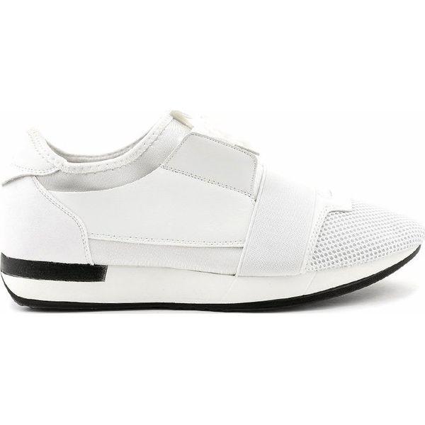 Białe obuwie sportowe męskie B18 101