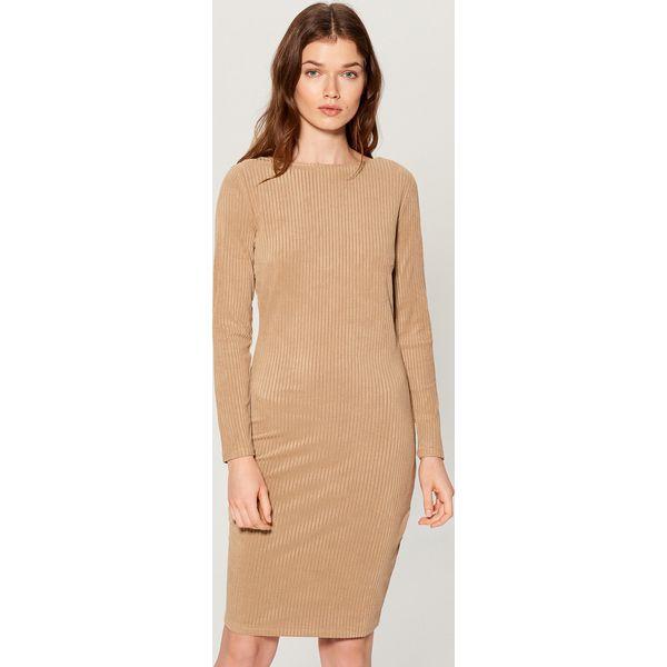 8483804fef Dopasowana sukienka z prążkowanej dzianiny - Kremowy - Sukienki ...