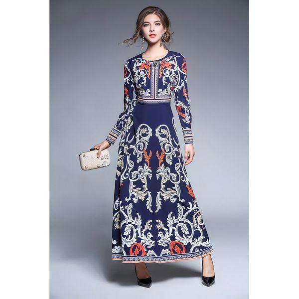 d8cac817f0 Sukienka w kolorze granatowym ze wzorem - Niebieskie sukienki ...