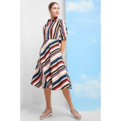 28016500bb Odzież damska - Kolekcja wiosna 2019. Rozkloszowana sukienka ...