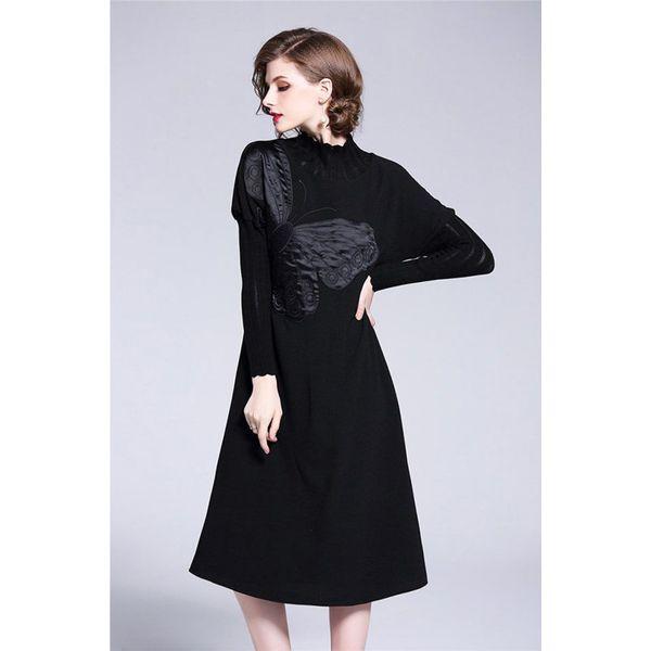 f41e643786 Sukienka w kolorze czarnym - Czarne sukienki damskie marki Zeraco ...