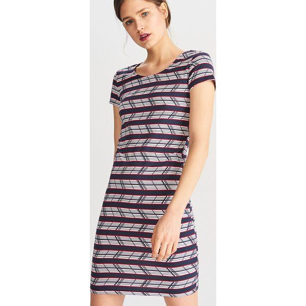 5561b1087b Dzianinowa sukienka - Biały - Sukienki damskie marki Reserved. Za ...