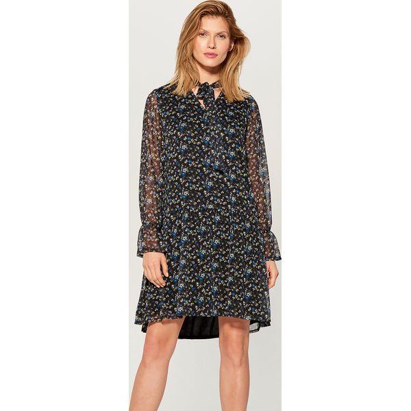 718d1a859b Sukienka w kwiaty z wiązaniem - Niebieski - Sukienki damskie marki ...