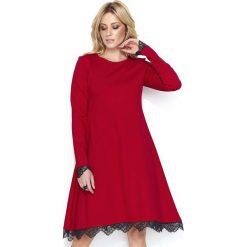 b948a69869 Czerwona Elegancka Sukienka do Kolan Wykończona Koronką. Sukienki damskie  marki Molly.pl. Za