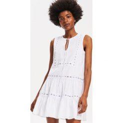a06c8812fc Sukienki młodzieżowe rozkloszowane - Sukienki damskie - Kolekcja ...