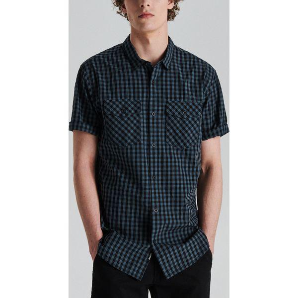 2b9694666a13b7 Koszula z krótkim rękawem w kratę - Szary - Koszule męskie Cropp. W  wyprzedaży za 29.99 zł. - Koszule męskie - Odzież męska - Mężczyzna - Sklep  Super ...