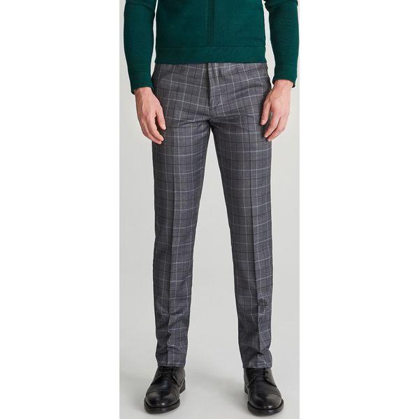 b46454b95a72d Spodnie garniturowe w kratę - Szary - Spodnie wizytowe męskie marki  Reserved. Za 169.99 zł. - Spodnie wizytowe męskie - Spodnie męskie - Odzież  męska ...