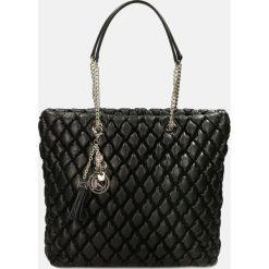c1ad693d5d351 Czarna torebka na ramię. Torebki klasyczne damskie marki Kazar. Za 1