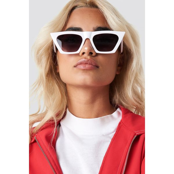 003a1b91317dbf NA-KD Accessories Okulary przeciwsłoneczne kocie oczy - White - Okulary  przeciwsłoneczne damskie NA-KD Accessories. Za 40.95 zł.