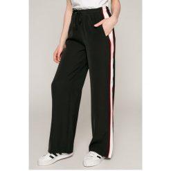 ab2df0ea49d9b Wyprzedaż - spodnie i legginsy damskie marki Calvin Klein Jeans ...