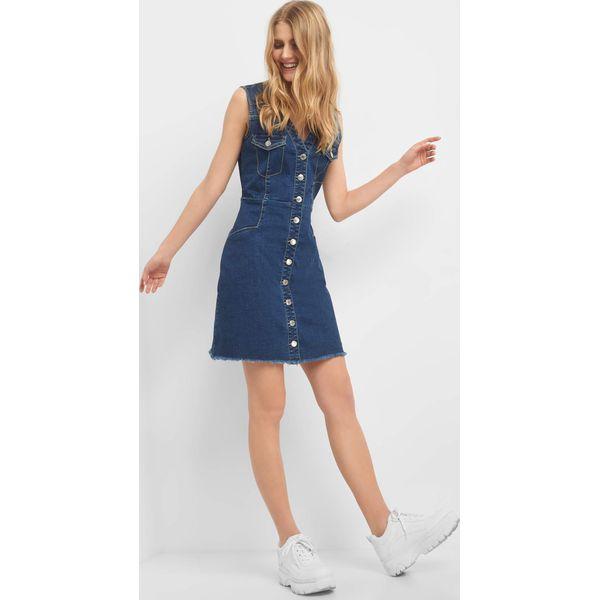 e06fc93b10 Jeansowa sukienka z guzikami - Niebieskie sukienki damskie marki ...