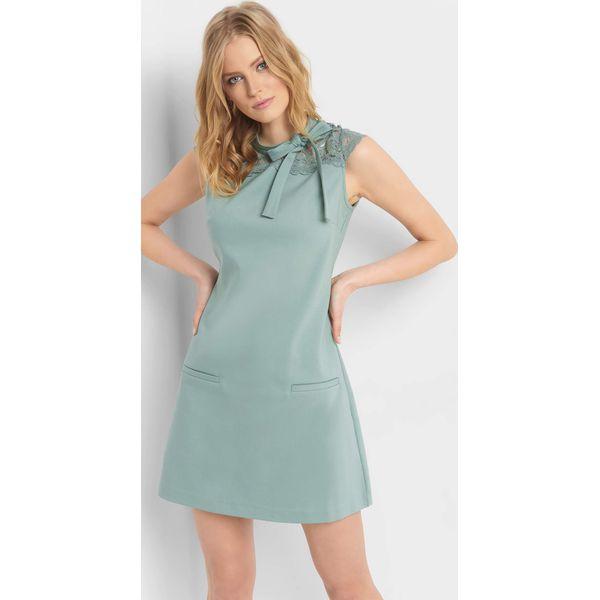 7462f018d3 Trapezowa sukienka z koronką - Sukienki damskie marki ORSAY. Za ...