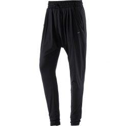 f334352e4 Spodnie sportowe damskie marki Nike Performance - Kolekcja lato 2019 ...