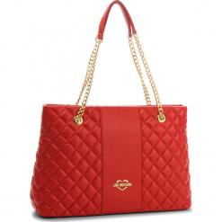 ae3b327b79833 Czerwone torebki i plecaki damskie marki Love Moschino - Kolekcja wiosna  2019