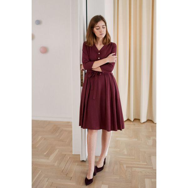 dd5b945832 Sukienka Alodia bordowa - wiskoza z rayonem 32 bordo - Sukienki ...