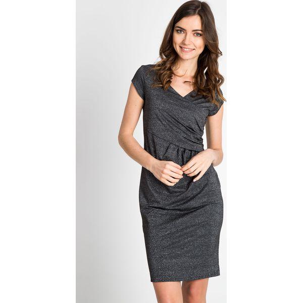 ad7a464d5a Kopertowa sukienka z połyskiem QUIOSQUE - Sukienki damskie marki ...