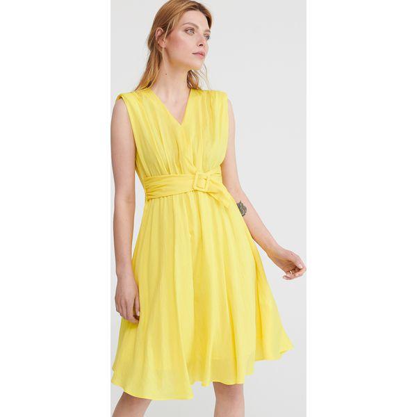 4c61527f3c Sukienka w stylu retro - Żółty - Sukienki damskie marki Reserved. Za ...