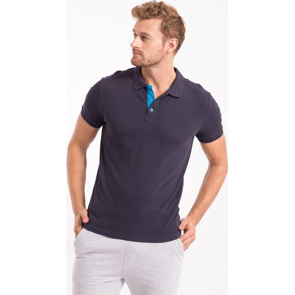 54eb7c2dd Koszulka polo męska TSM051AZ - GRANATOWY - Koszulki polo męskie marki 4f. W  wyprzedaży za 49.99 zł. - Koszulki polo męskie - T-shirty i koszulki męskie  ...