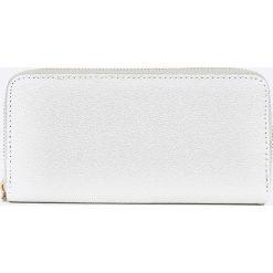 8dc95c93cd007 Szare portfele damskie ze sklepu Answear.com w wyprzedaży - Kolekcja ...