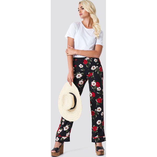 c86ab735 Rut&Circle Spodnie w kwiaty Jane - Black