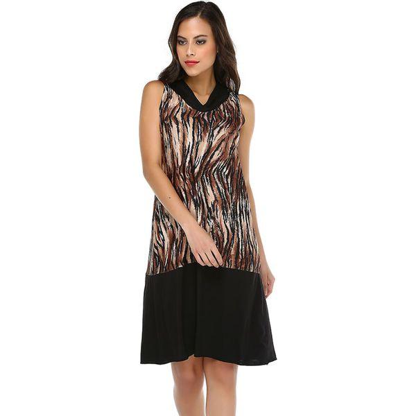 79d2058019 Sukienka w kolorze czarnym ze wzorem - Sukienki damskie marki Donna ...