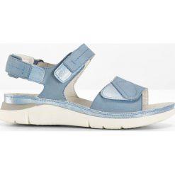 Sandały bonprix jasnoniebieski