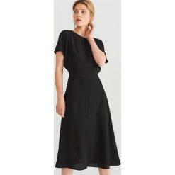 2c890b1045 Sukienki damskie marki Reserved - Kolekcja wiosna 2019 - Sklep Super ...