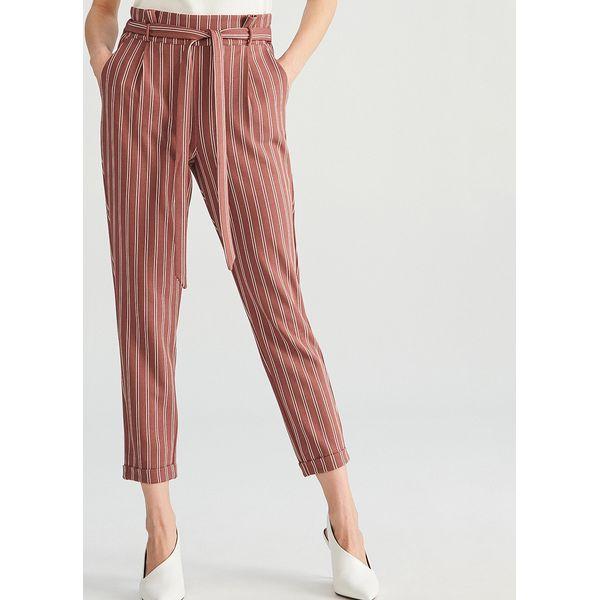 4c988caa6f5fa Spodnie w paski - Różowy - Spodnie materiałowe damskie marki ...